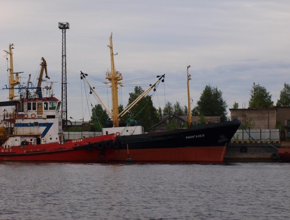 В Архангельском порту